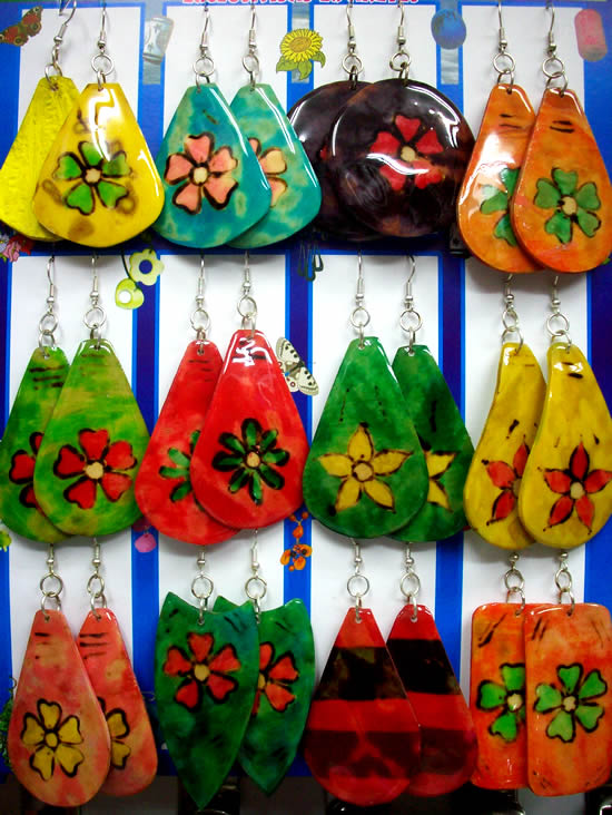 12 Peruvian Totumo Earrings Colorful Flowers Hand Painted Images