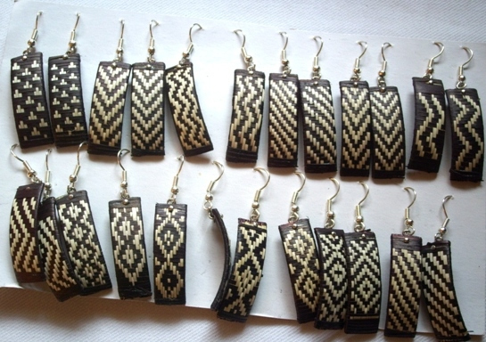 100 Wholesale Handmade Classic Cane Arrow Earrings Natural Color