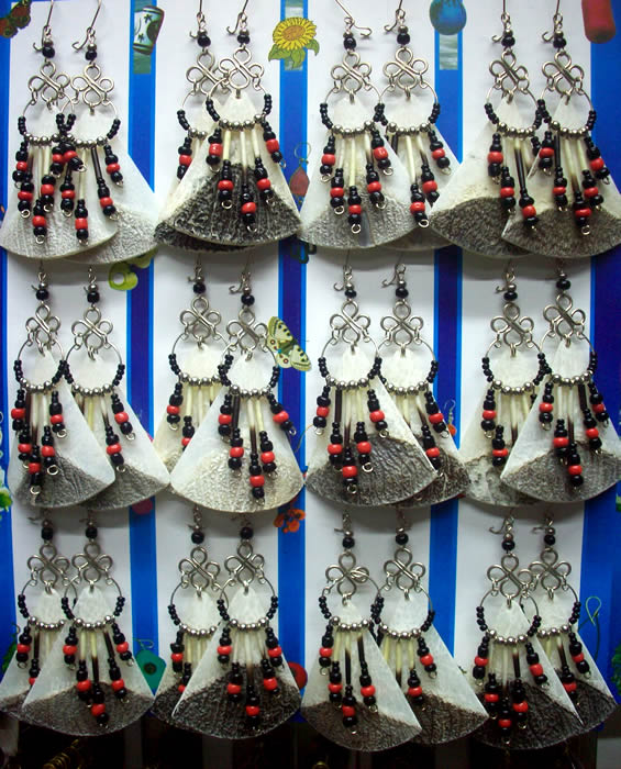 06 Pretty Peruvian Fish Scale Earrings Handmade Mostacilla Beads