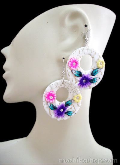 12 Peruvian Wholesale Rubber Earrings Assorted Flower Images