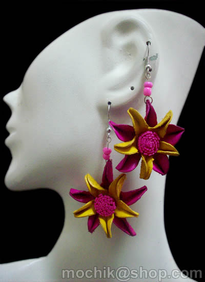 12 Nice Peru Wholesale Leather Earrings Flower Leaves Design