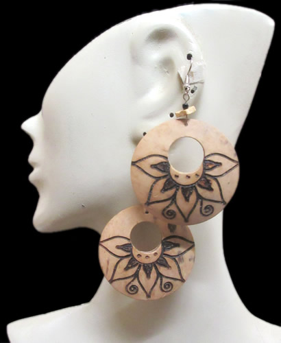 06 Beautiful Coconut Donuts Earrings Roses Images
