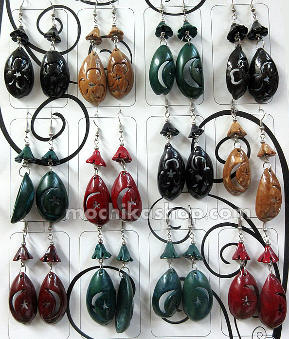 06 Nice Peruvian Carved Teardrop Coconut Earrings Assorted Image
