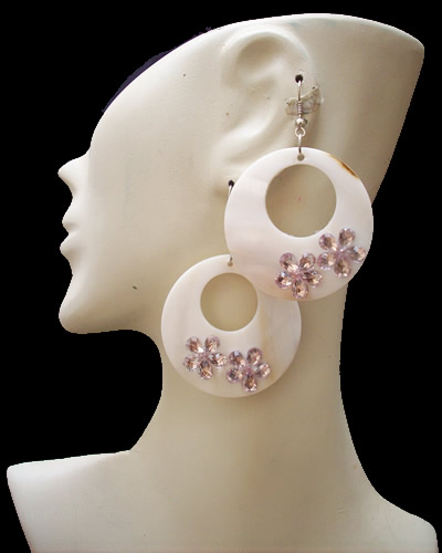 06 Pretty Peru Handmade Mother of Pearl Earrings Donuts Design
