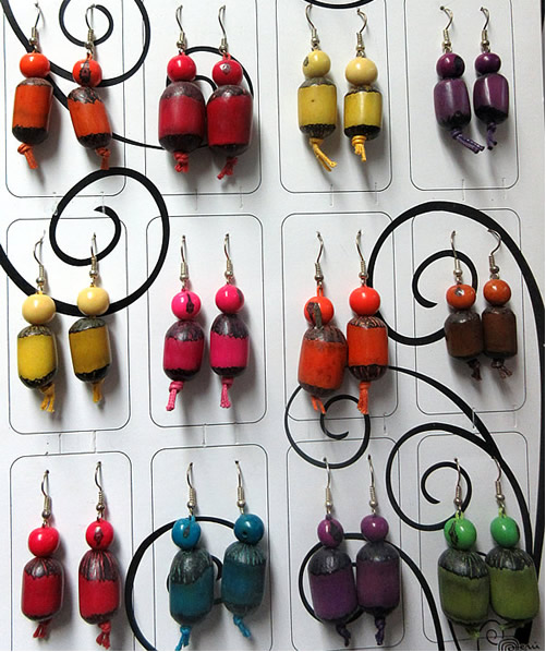 06 Beautiful Peruvian Wholesale Pona Seeds Earrings Whole Colour