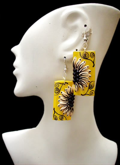 06 Peruvian Nice Totumo Earrings Colorful High Relief Images