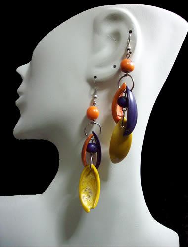 12 Peruvian Pretty Palmito Seeds Earrings Mixed Colours