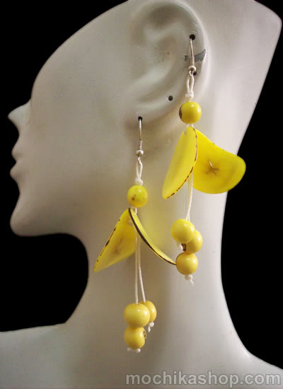 12 Beautiful Wholesale Tagua Chips Earrings With Acai Beads