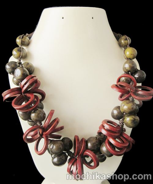 Lot 24 Peruvian Necklaces Bombona Seed With Coconut Ring
