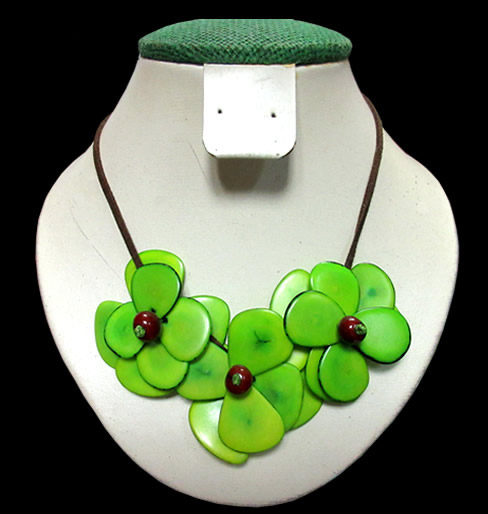 Tagua Chips Necklaces 03 Flowers