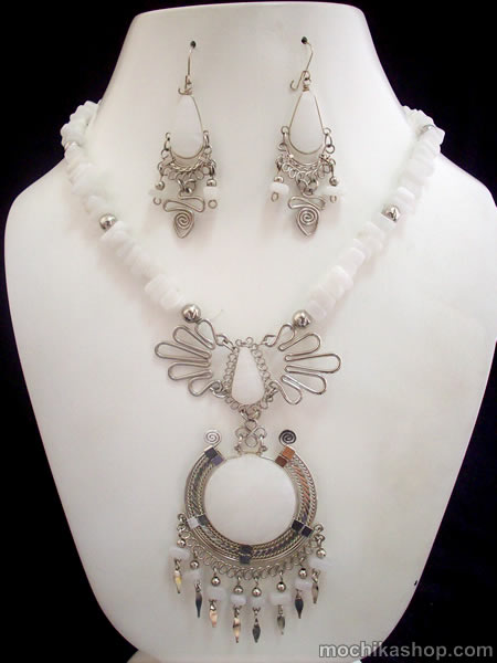 Medallion Necklace Handmade White Jade Stone Alpaca Silver