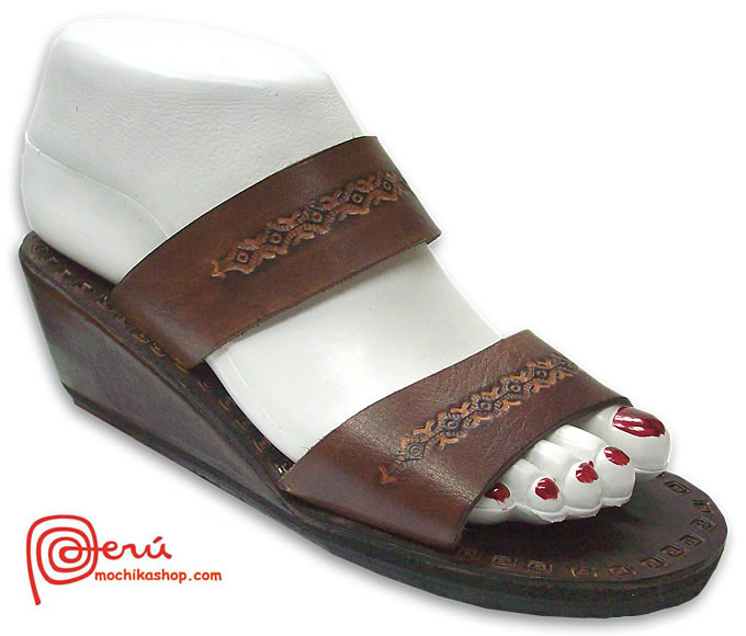 Beautiful Peruvian Leather Sandals Franciscan Design Model 01