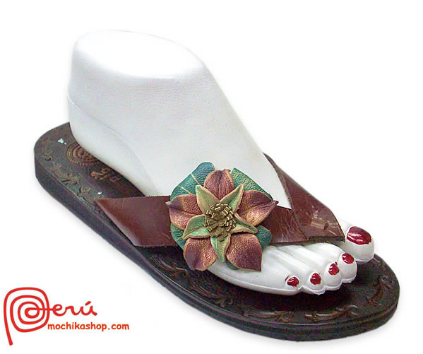 Nice Peruvian Andean Leather Sandals Center Flower Model 02