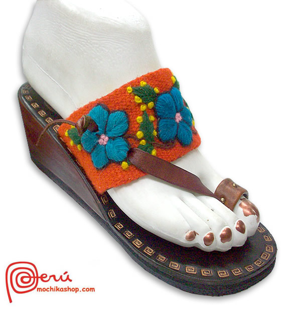 Pretty Peruvian Andean Woven Embroidered Leather Sandal Model 01