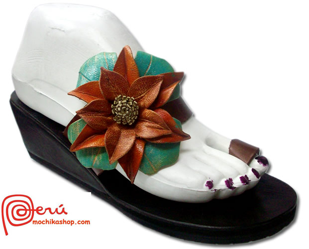 Nice Peruvian Andean Leather Sandals Side Flower Model 02