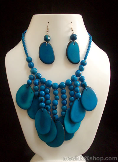 06 Beautiful Tagua Sets Necklaces and Acai Seeds Bunch Design