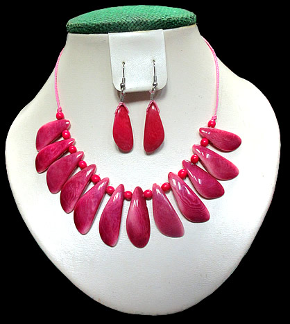 Tagua Peaks Sets Necklaces
