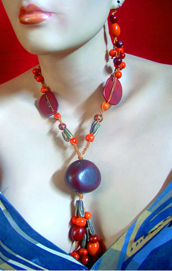 Pretty Classic Handmade Tagua Sets Necklaces Assorted Seeds