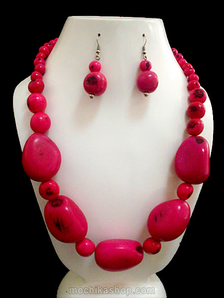 06 Pretty Handmade Tagua Sets Necklaces with Bombona Seed Beads
