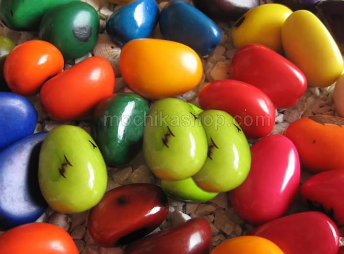 Wholesale 01 Kilogram of Big Tagua Nut Seed Beads Amazon Forest